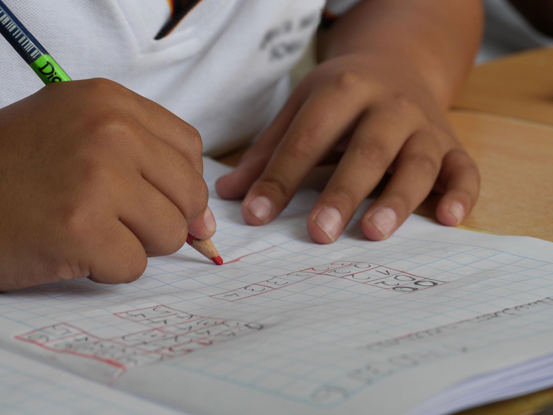 Hacienda obliga a devolver lo desgravado por 'donaciones' a colegios concertados