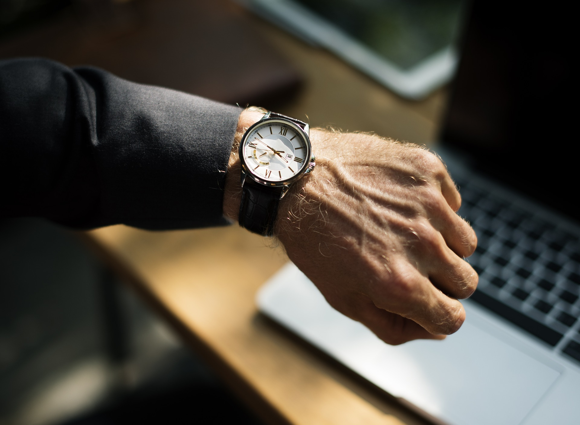 ¿Se puede despedir a un empleado por llegar tarde al trabajo?