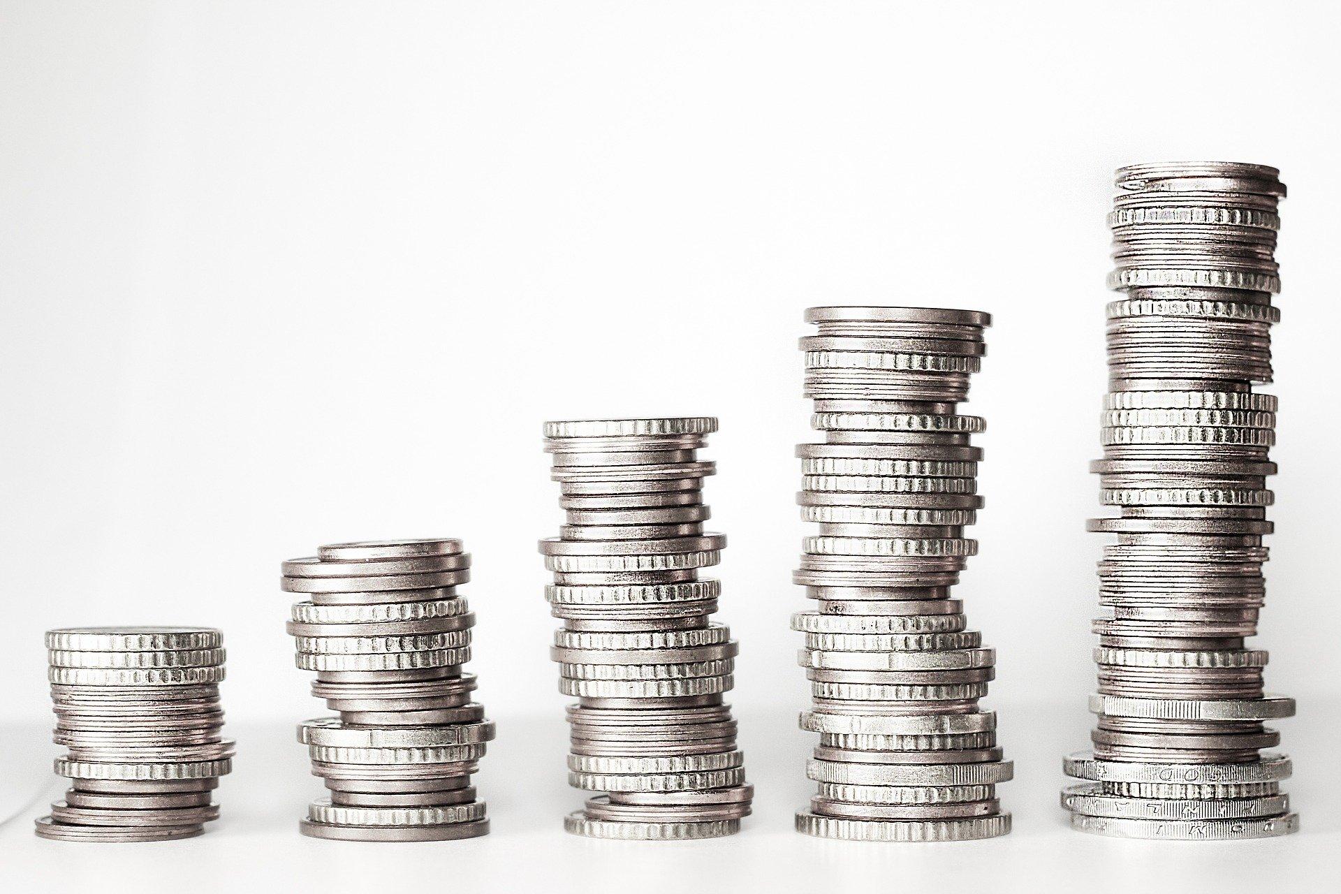 El Gobierno aprueba el salario mínimo de 950 euros a aplicar desde el 1 de enero